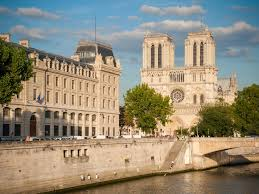 Notre Dame Stadium Map Paris And Barcelona Worldstrides Educational Travel