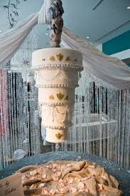 chandelier wedding cakes the wedding planners blog