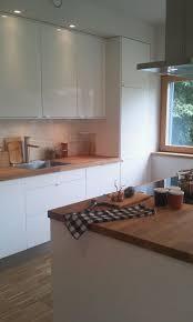 kche wei mit holzarbeitsplatte küche weiß hochglanz mit holz arbeitsplatte küchen
