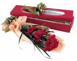 Roses In A Box Flowers Red Roses In A Box Ftd Florist Flower And Gift Delivery