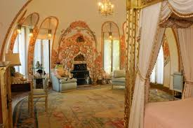 Inside Donald Trump S House Do Not Compare With The White House Trump U0027s Luxury Apartment In