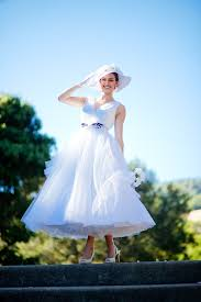 length tulle wedding dress chic belt and summer wedding hat