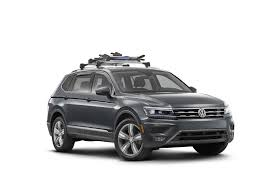 volkswagen tiguan white shop 2018 volkswagen tiguan transport u003e base rack accessories