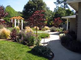 landscaping ideas for front yard ranch house archives garden trends