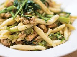 recette de cuisine italienne recette cavatelli avec saucisses et rapini maison et demeure