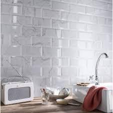 protege mur cuisine crédence cuisine en 47 photos idées conseils inspirations