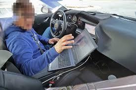 Spyshots 2019 Porsche 911 Reveals Digital Dashboard With Analog