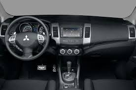 mitsubishi crossover interior 2010 mitsubishi outlander price photos reviews u0026 features