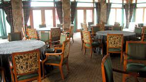 the dining room at little palm island lautrec