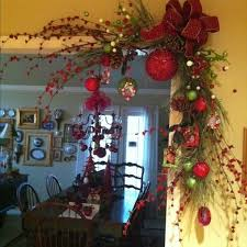 Decoration For Christmas Pictures by Best 25 Indoor Christmas Decorations Ideas On Pinterest Diy