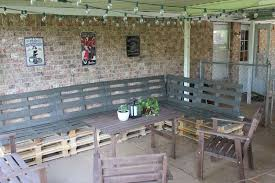 Pallets Patio Furniture Pallet Patio Furniture You Could Easily Build Yourself This Summer