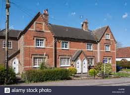 semi detached period house high street chinnor oxfordshire