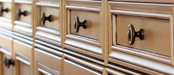 Installing Kitchen Cabinet Knobs And Handles How To Install - Kitchen cabinet drawer hardware