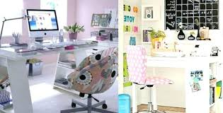 Office Desk Deco Desk Decor Ideas Office Decorating Ideas On A Budget
