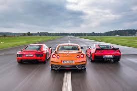 corvette vs audi r8 comparativa audi r8 v10 plus vs corvette z06 y nissan gt r