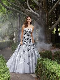 tolli wedding dress tolli bridal y21371 poppy tolli bridal for mon cheri