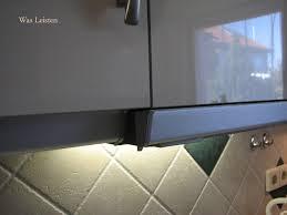 kranzleiste küche 0 8 3m kranzleiste weiss küche analog wandanschlussprofil
