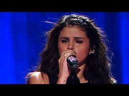Selena Gomez Crying Meme - selena gomez crying for justin bieber while singing love will