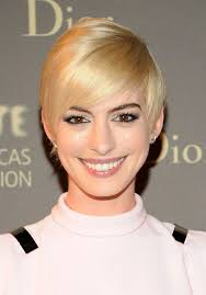 hairstyles easy to maintain medium to short anne hathaway short haircut blond sleek pixie cut with long side