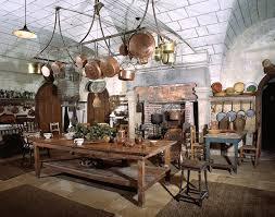 cuisine chateau châteaux et manoirs du haut anjou confort et vie quotidienne