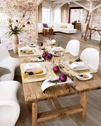 rustic table decoration ideas for christmas exposing unfinished
