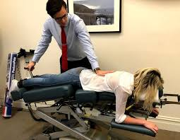 what is a traction table traction chiropractors melbourne traction chiro clinic