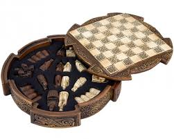 Chess Table Amazon Isle Of Lewis Compact Celtic Chess Set 9 Inches Nms002 99 75