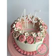 wedding cake balikpapan cakes cookies pudding dessertloverbpn instagram photos and