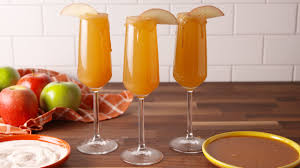 thanksgiving drinks alcohol 30 best thanksgiving cocktails easy recipes for thanksgiving
