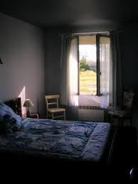 ouverte sur chambre chambre fenêtre ouverte avec vue lamotte aux platanes