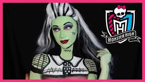 Frankenstein Monster High Halloween Costumes by Frankie Stein Monster High Colab C Laura Ale Jackie Youtube