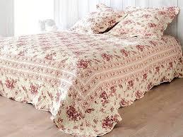 jeté de canapé maison du monde couvre lit fleuri table de lit for jete de canape maison du monde