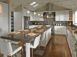 moderne landhauskche mit kochinsel die besten 25 küche mit kochinsel ideen auf kochinsel