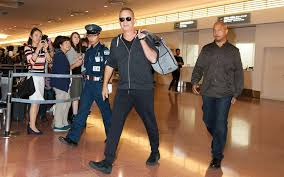 tom hanks says vacationing with the obamas and oprah wasn u0027t as