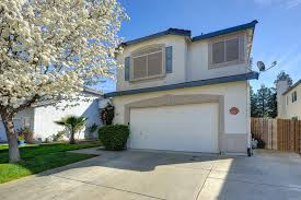 tri level home in laguna vista just listed in elk grove