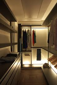 Small Bedroom With Walk In Closet Ideas Maximising Space For A Small Compact But Contemporary Flat With A