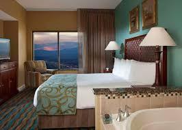 2 bedroom suites las vegas strip hotels hilton grand vacations suites on the las vegas strip in las vegas