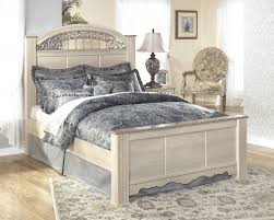 king poster bedroom sets king size bed offers inexpensive bedroom bedroom furniture catalina king poster bed b196 66 68 99 complete bed sets price