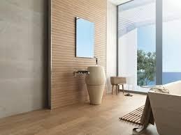 badgestaltung fliesen holzoptik bad mit holzoptik dekoration und interior design als inspiration