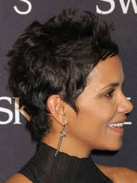 back view of halle berry hair hair crush monday halle berry thehairazor live it love it
