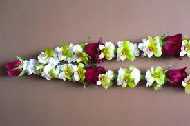wedding garlands online indian flower garlands suki s flowers