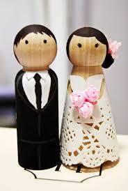 incredible diy wedding cake topper 15 diy wedding cake toppers