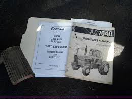 allis chalmers 7040 tractor item d1221 sold october 22