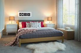how to decorate your bedroom in an eclectic style