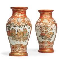 Japanese Kutani Vases A Pair Of Japanese Kutani Vases Signed Dai Nihon Kutani Kosei Do