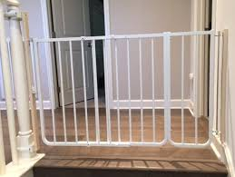 Best Stair Gate For Banisters Top Of Stair Baby Gate For Wide Opening Using No Holes Banister