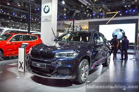 Bmw X5 Colors - bmw x5 xdrive30d m sport front quarter at the auto expo x7 to