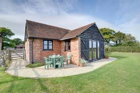the dairy cottage the dairy cottage two bedroom cottage sleeps