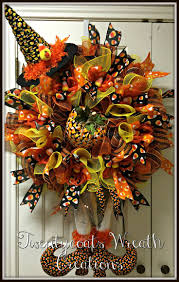 Halloween Mesh Wreaths by 2214 Best Wreaths Images On Pinterest Summer Wreath Funeral