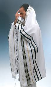 talit katan you re not guest post the practical guide to tzitzit and